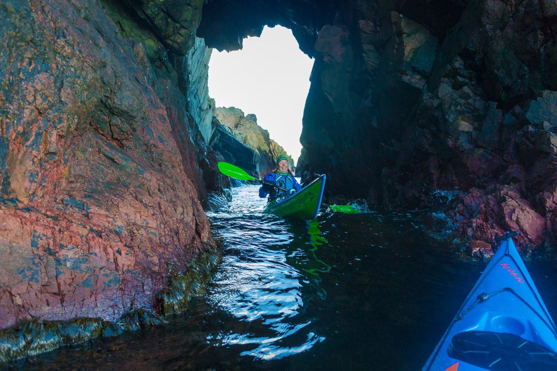 Porten på Kullaberg, tunnel att paddla igenom