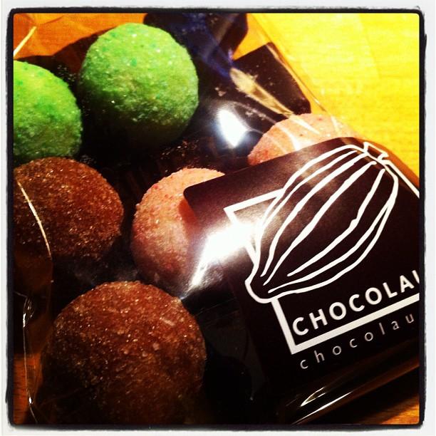 Handgjorda chokladpraliner från Chocolauto