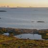 St Heløy med vy mot Træna