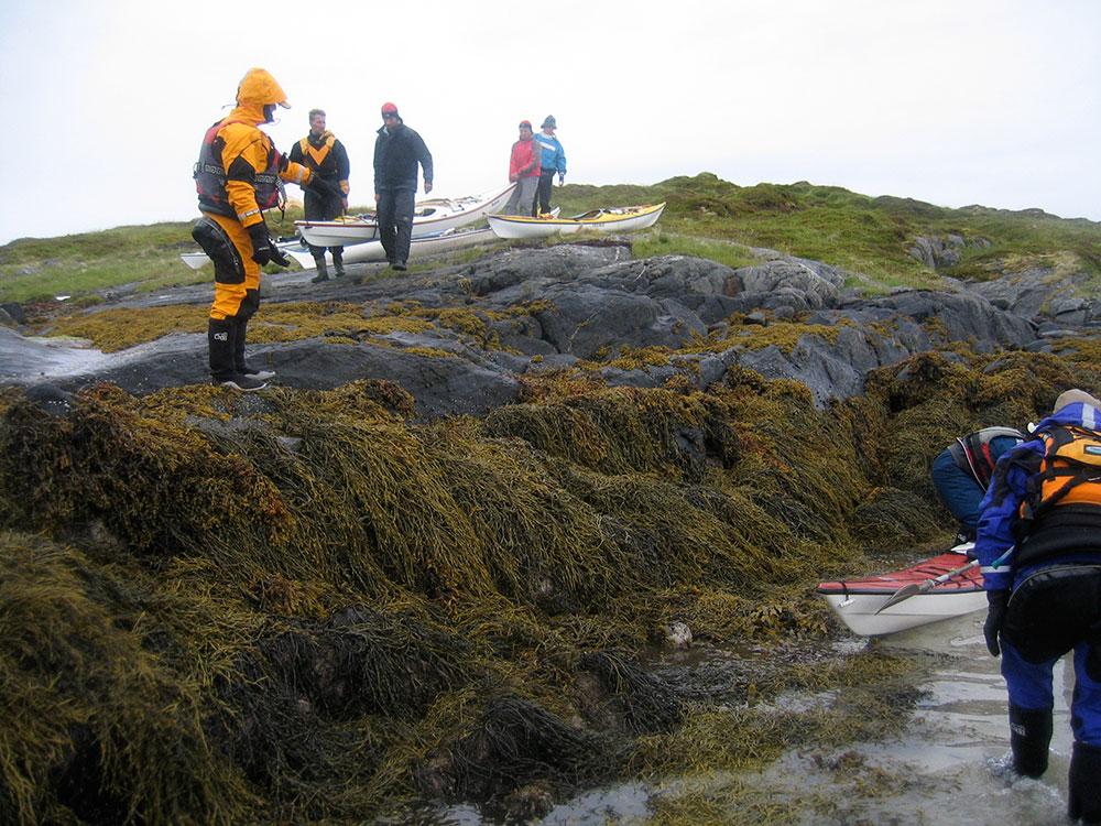 Sjösättning vid lågvatten. Cirka 2,5m lägre än när vi gick iland dagen innan