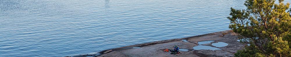 Finfina hällar på östra delen av Karlskär
