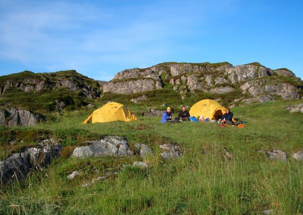 Mjuka tältplatser och nästan alltid sol