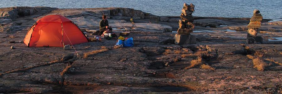 horisont-stenstaplar-lovskar
