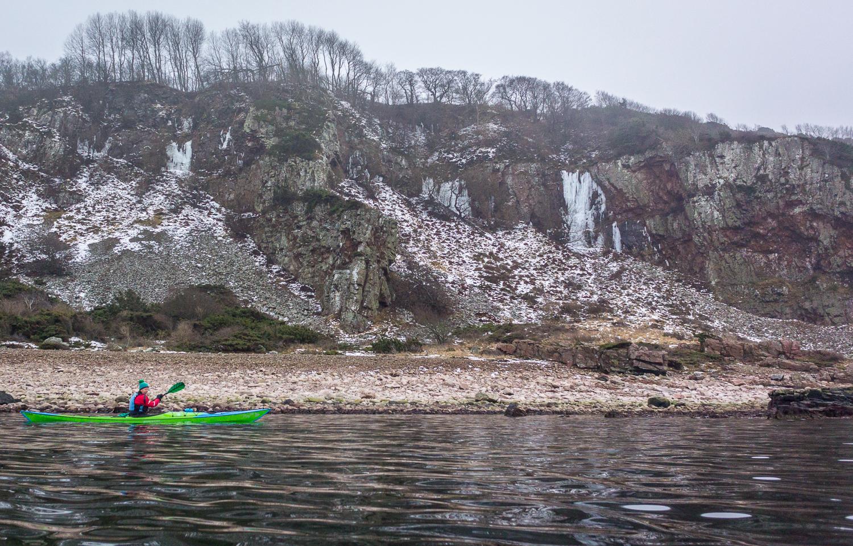 På isfallen i bakgrunden brukar isklättrare hålla till ibland